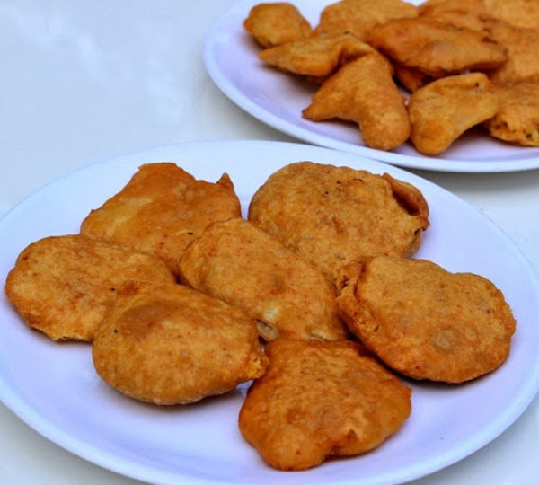 Vegetable Bajji Recipe | Indian Bhajiyas - Deep Fried Snacks