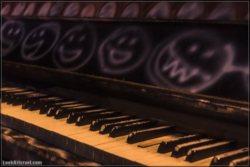 Пианино - череп левый, череп правый
