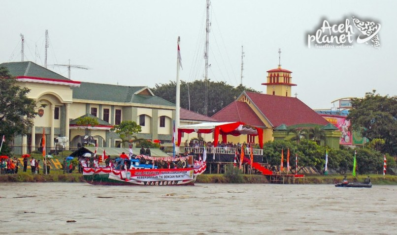 Lomba Perahu Hias dalam rangka memeriahkan hari juang kartika dan HUT Kodam IM