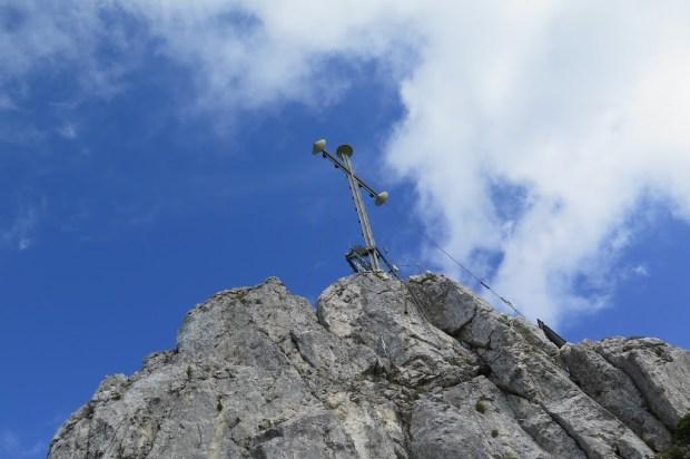 Kurz unterhalb des Gipfelkreuzes