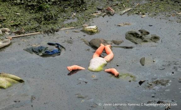 Basuras y contaminación humedal Jaboque