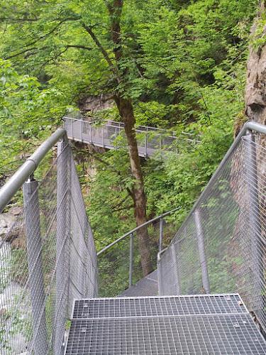 Bild von der Gitterkontruktion auf der man zu Beginn läuft