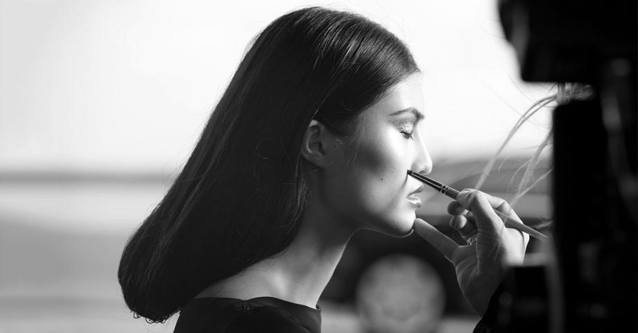 *極致品味的迷幻廣告:時尚編輯Carine Roitfeld x Mercedes-Benz 2
