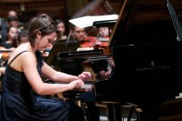 La armonía entre solista y acompañante se hizo presente en la interpretación del Concierto No.3 en Do menor, Op.37 de Beethoven, a cargo de la italiana Lucrecia Slomp y la Sinfónica de Juventudes Francisco de Miranda