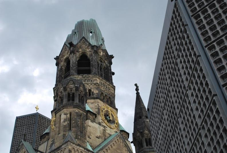 restos d ela guerra que verá en tu viaje a Berlín