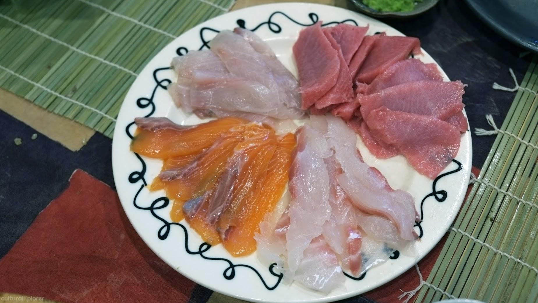 Sliced fish sushi class Tokyo
