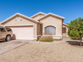 Front picture of home for sale in Avondale AZ