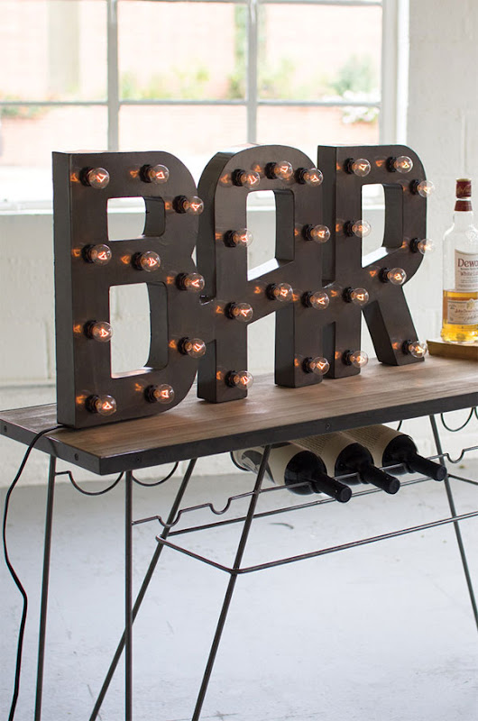 Un Bar Para Decorar Un Mueble Bar