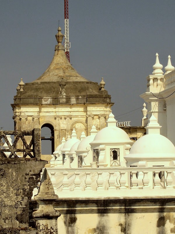 rooftop of Leon cathedral