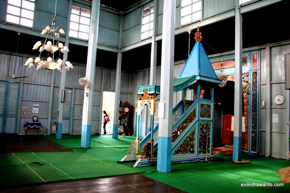 foto dalam masjid su'ada