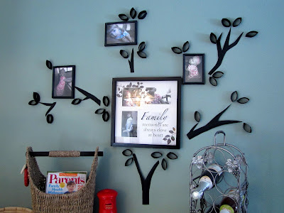 Here Is A Awesome Family Tree Idea Inspired By An Image In Bed Bath And Beyond Circular She Used Paper Towel Tp Rolls To Shape Leaves Branches