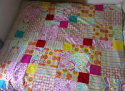 Disappearing Nine Patch Quilt by fabricandflowers | Sonia Spence