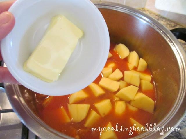 Яхния с месо (свинско) и картофи