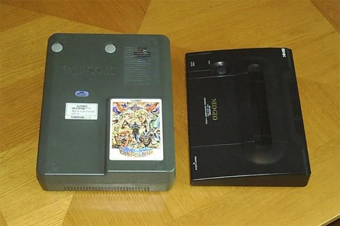 Tamanho do cartucho para CPS Changer, perto de um Neo-Geo