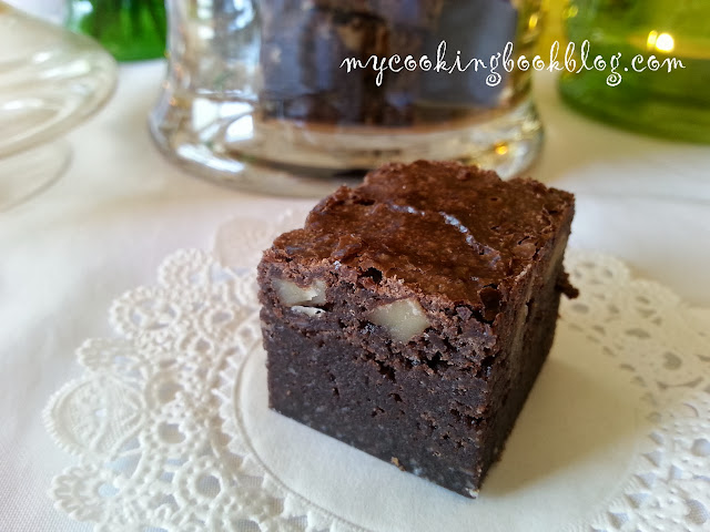 Брауни (Brownies) с орехи