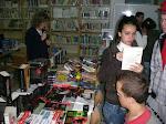 Feria del libro organizada por el AMPA. Venta de libros a precios reducidos