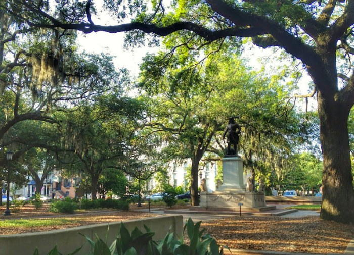 One of the many squares in Historic Savannah
