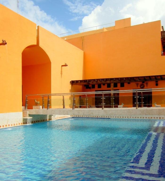 The swimming pool in La Casa de Los Venados