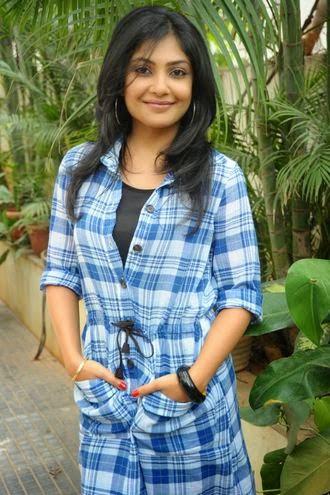 Kamalinee Mukherjee Measurement