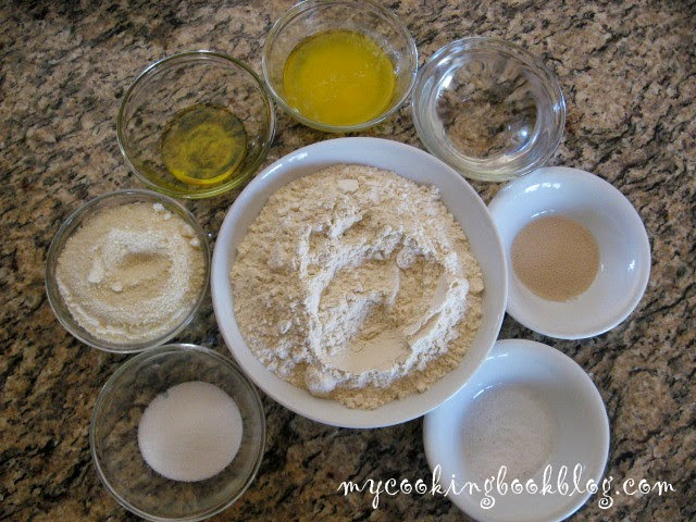 Гризини с пармезана или кашкавал