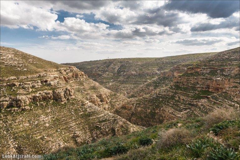 LookAtIsrael.com - Ущелья Харитона и Суккийская лавра в ущелье Ткоа   Wadi Tekoa and Hariton Cave   נחל תקוע מערת חריטון