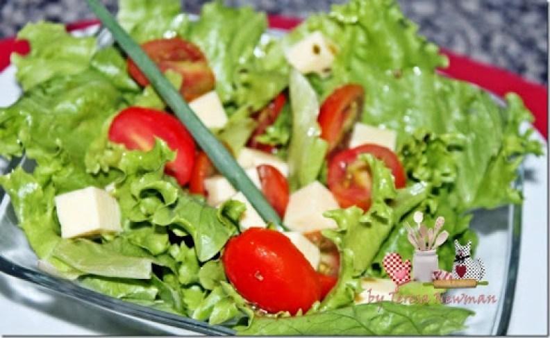 Salada de Tomate cerejas marinado