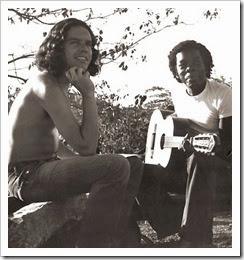 Fernando Brant e Milton Nascimento compondo juntos em um sítio - Belo Horizonte - MG – 1970
