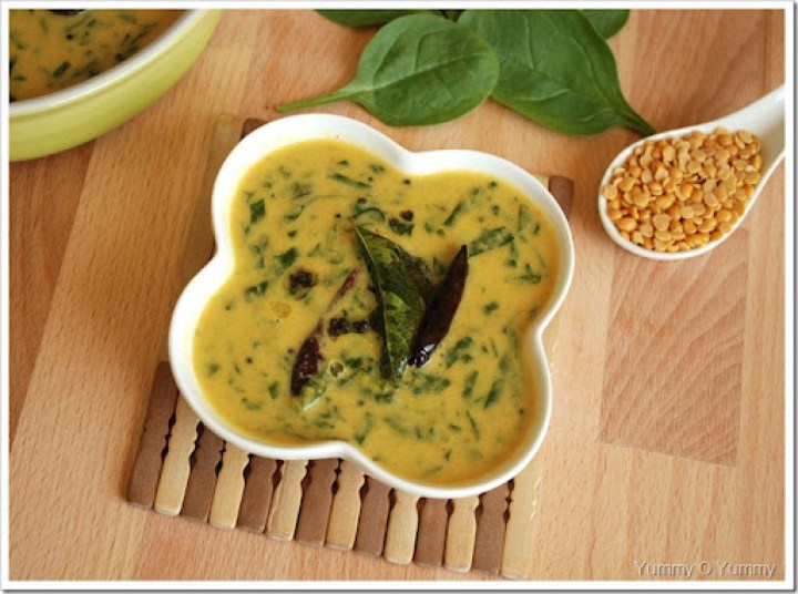 Cheera - Parippu Curry / Spinach - Toor dal Curry - Kerala Style