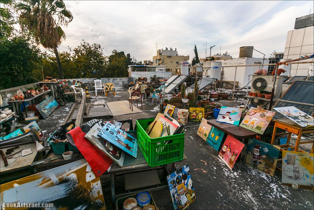 LookAtIsrael.com: Фото-блог о путешествиях по Израилю. Тель Авив, Иерусалим, Хайфа Вот так выглядела студия Sened'a. Сегодня ее уже там нет, так как в связи с ремонтом здания он вместе с Куфсоним покинул эту крышу