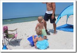 beachtrip2013-maddie 3 month 008