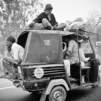 overcrowded small bus in Delhi - Canon T2i