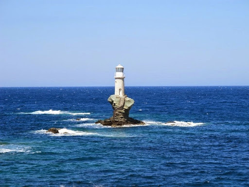 tourlitis-lighthouse-3