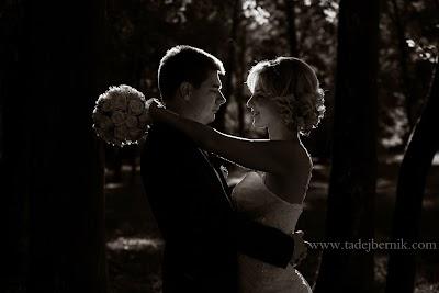porocni-fotograf-wedding-photographer-poroka-fotografiranje-poroke- slikanje-cena-bled-slovenia-ljubljana-bled-hochzeitsfotografho (105).jpg