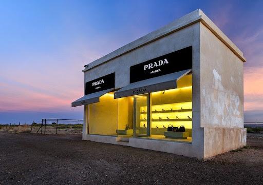 prada-Marfa-2