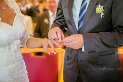 porocni-fotograf-wedding-photographer-poroka-fotografiranje-poroke- slikanje-cena-bled-slovenia-ljubljana-bled-hochzeitsfotografho (62).jpg