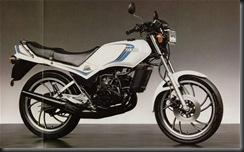 Yamaha RD125 82