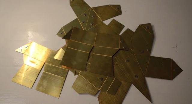 金屬摺疊雕塑
