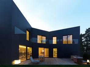 casa-moderna-Di-Sassuolo-Enrico-Iascone-Architetti