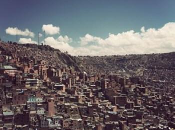 viviendas-periferia-La-Paz-Bolivia