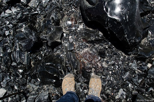 walking on tinkly sounding glass obsidian