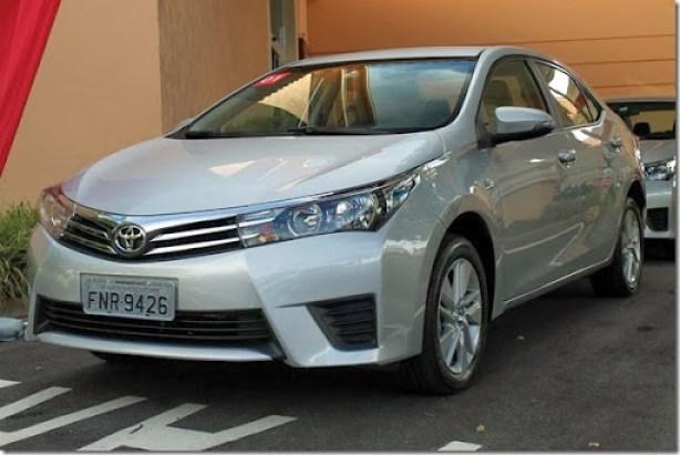 Toyota Corolla 2015 (10)_1600x1067
