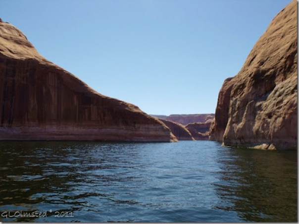 10 Forbidding Canyon Lake Powell UT (1024x768)
