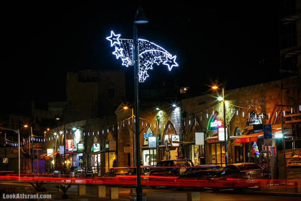 Рождество в Яффо. Праздничная елка и украшения. LookAtIsrael.com - Фото путешествия по Израилю