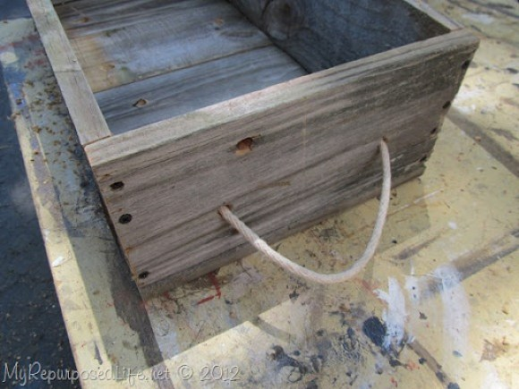 how to make an easy planter with reclaimed fence