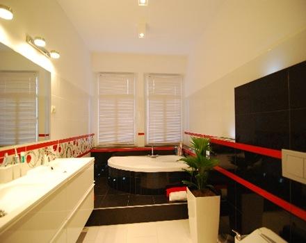 decoracion-baño-negro-rojo
