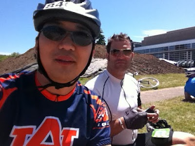 resting with Colin at Centralia... 50 miles to go.