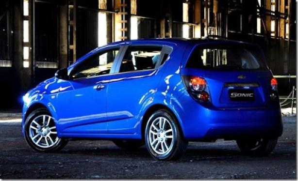 Chevrolet Sonic 2012 lt ltz (17)