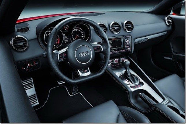 2013-Audi-TT-RS-Plus-39[2]
