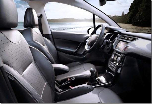 2013-Citroen-C3-Hatchback-5[2]