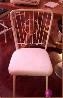 chairs and vintage toys 035